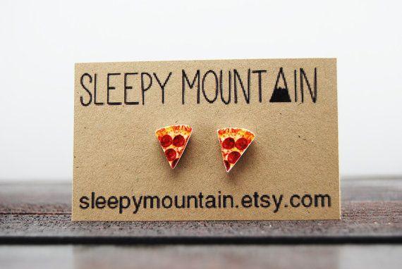 "Get the <a href=""https://www.etsy.com/listing/161437282/pizza-earrings-pizza-slice-stud-earrings?ga_order=most_relevant&amp;g"