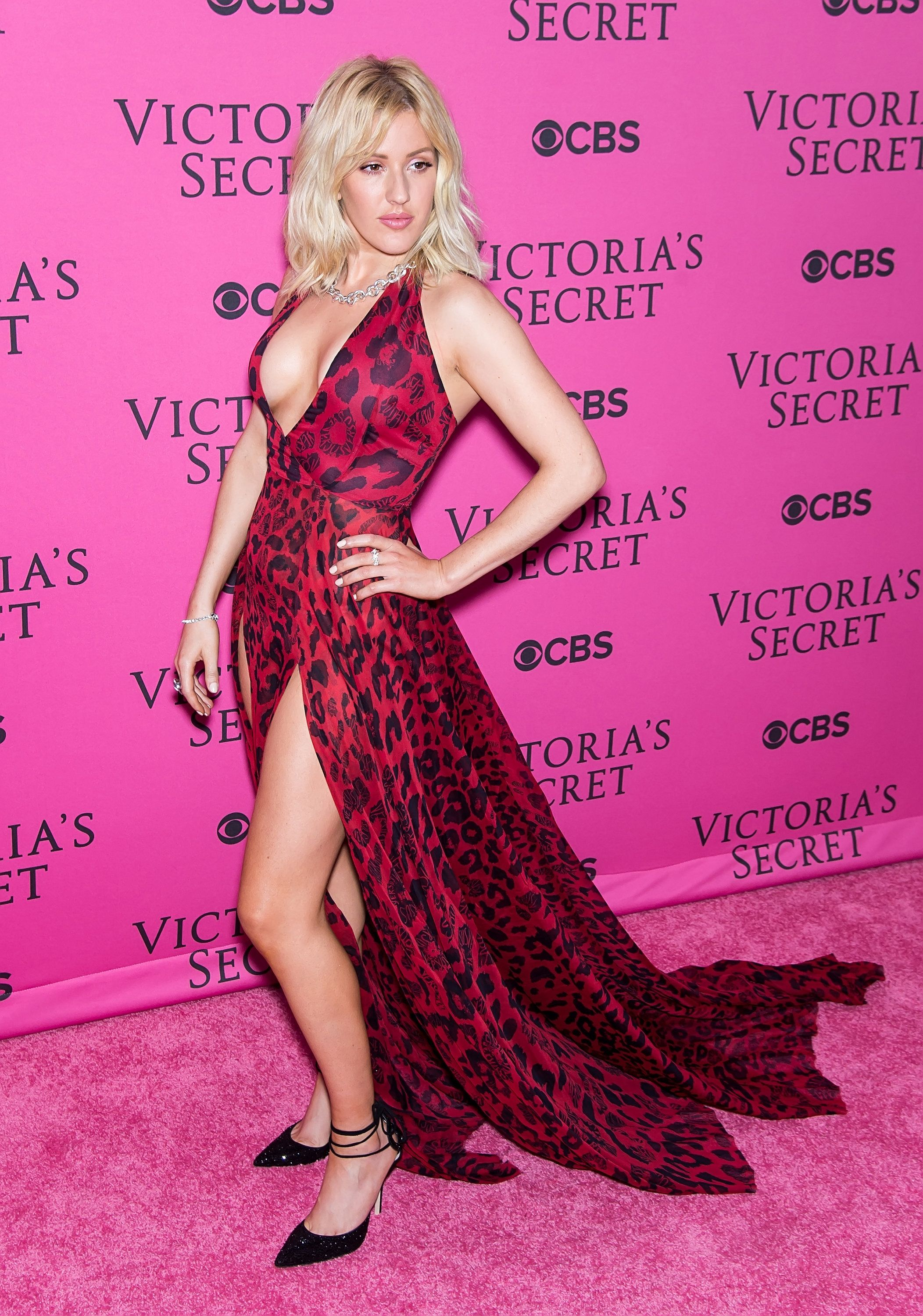 NEW YORK, NY - NOVEMBER 10:  Singer Ellie Goulding attends 2015 Victoria's Secret Fashion Show at Lexington Armory on November 10, 2015 in New York City.  (Photo by Gilbert Carrasquillo/FilmMagic)