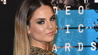 LOS ANGELES, CA - AUGUST 30:  JoJo arrives to the 2015 MTV Video Music Awards at Microsoft Theater on August 30, 2015 in Los Angeles, California.  (Photo by C Flanigan/Getty Images)