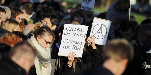French Come Together To Support Muslims After Attacks