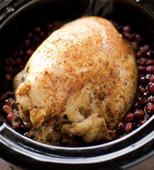 "<strong>Get the <a href=""http://www.thecreativebite.com/crock-pot-turkey-breast-cranberry-sauce/"" target=""_blank"">Slow Cooker"