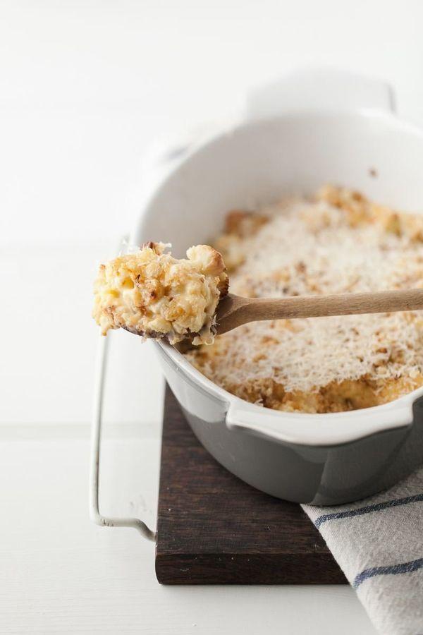 "<strong>Get the <a href=""http://naturallyella.com/roasted-garlic-and-cheddar-cauliflower-gratin/"" target=""_blank"">Cheddar Cau"