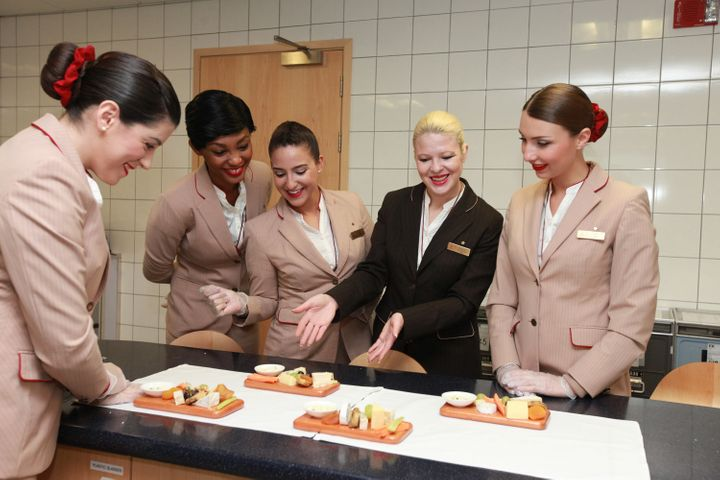 Here's What It's REALLY Like To Be An Emirates Flight Attendant ...