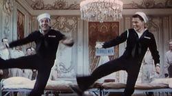 Fred Astaire, Ginger Rogers y Gene Kelly bailan juntos 'Uptown Funk' de Mark Ronson y Bruno