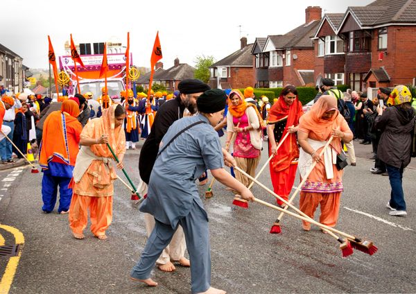 "Sikhs in the UK participate in a Vaisakhi parade, in celebration of the <a href=""http://www.leicestermercury.co.uk/VIDEO-Thou"