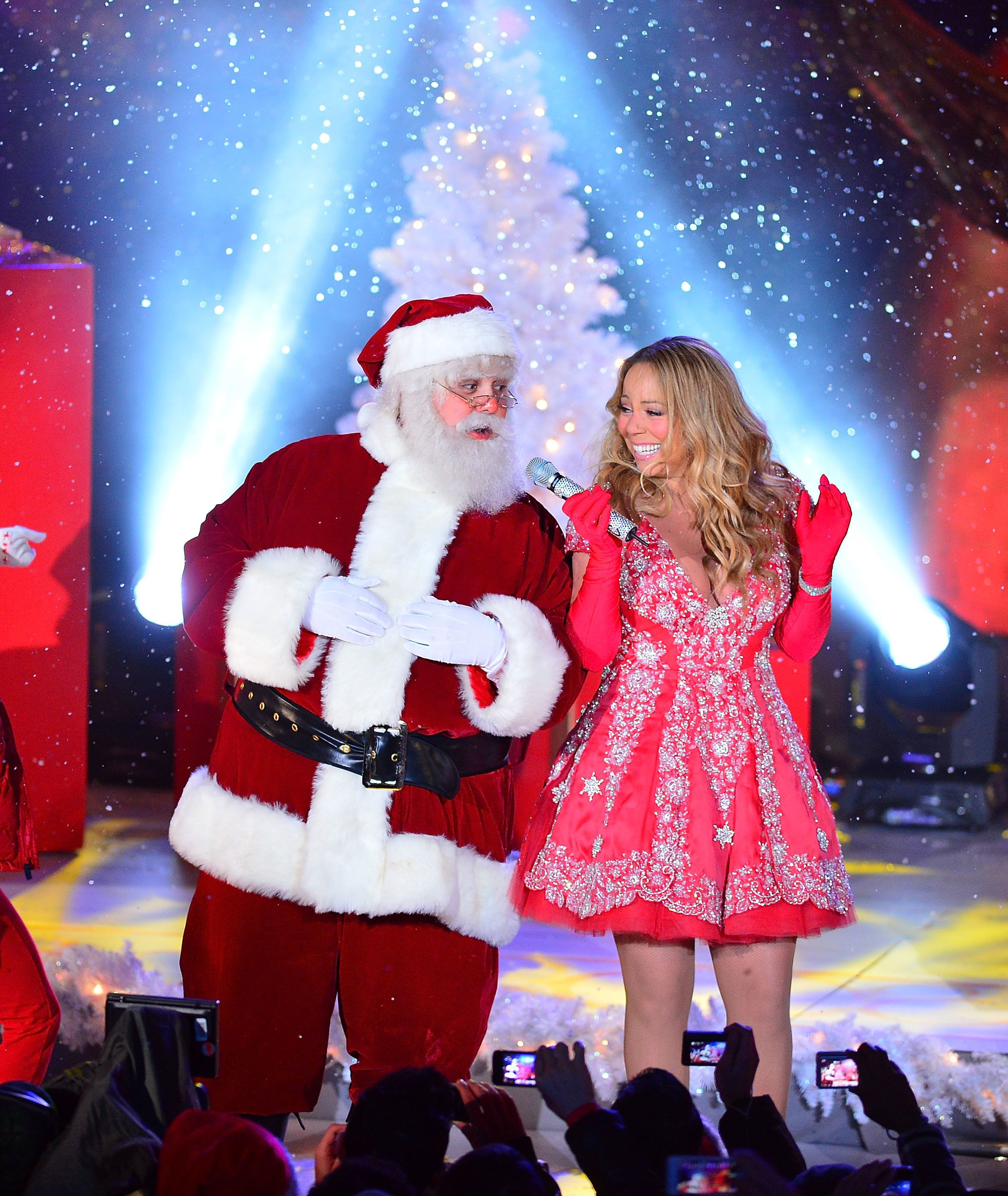 Mariah Carey's Christmas Movie Looks Like It Could Be One Of The ...