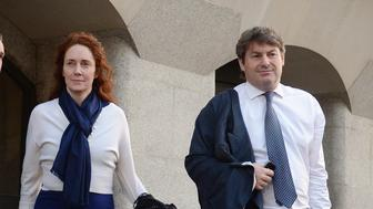 RETRANSMITTED AMENDING SPELLING OF SURNAME FROM BROOKES TO BROOKS Former News International chief executive Rebekah Brooks and her husband Charlie Brooks leave the Old Bailey as the phone hacking trial continues.