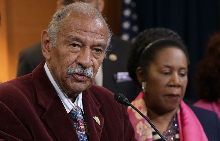 Reps. John Conyers (D-Mich.) and Sheila Jackson Lee (D-Texas) are backing a bill that would eliminate many corporate crimes b