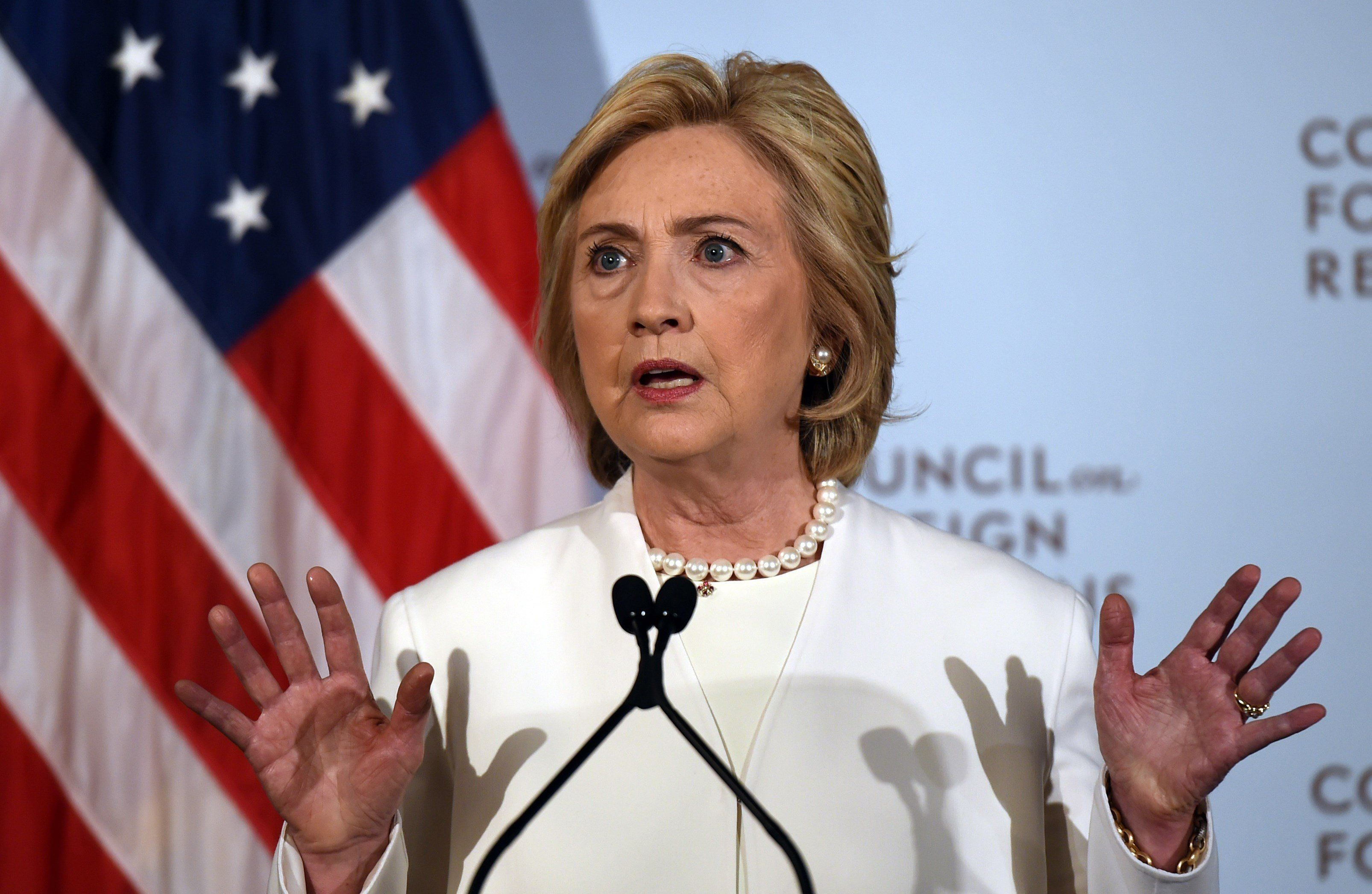 Democratic presidential hopeful Hillary Clinton delivers a national security address at the Council on Foreign Relations in New York, November 19, 2015 on her strategy for defeating the Islamic State group in the wake of the Paris attacks.   AFP PHOTO / DON EMMERT        (Photo credit should read DON EMMERT/AFP/Getty Images)