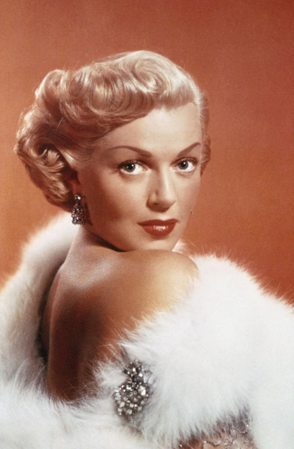 The Most Famous Blondes Of All Time Huffpost