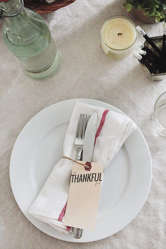 "Looking to add a personal touch to your Thanksgiving table this year? Try these super simple ""Thankful Tags"" by <a href="