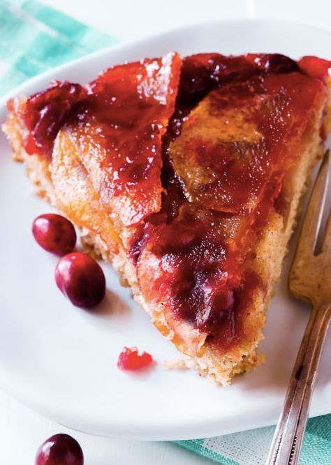 "<strong>Get the <a href=""http://sallysbakingaddiction.com/2014/10/24/cranberry-apple-upside-cake/"" target=""_blank"">Cranberry"
