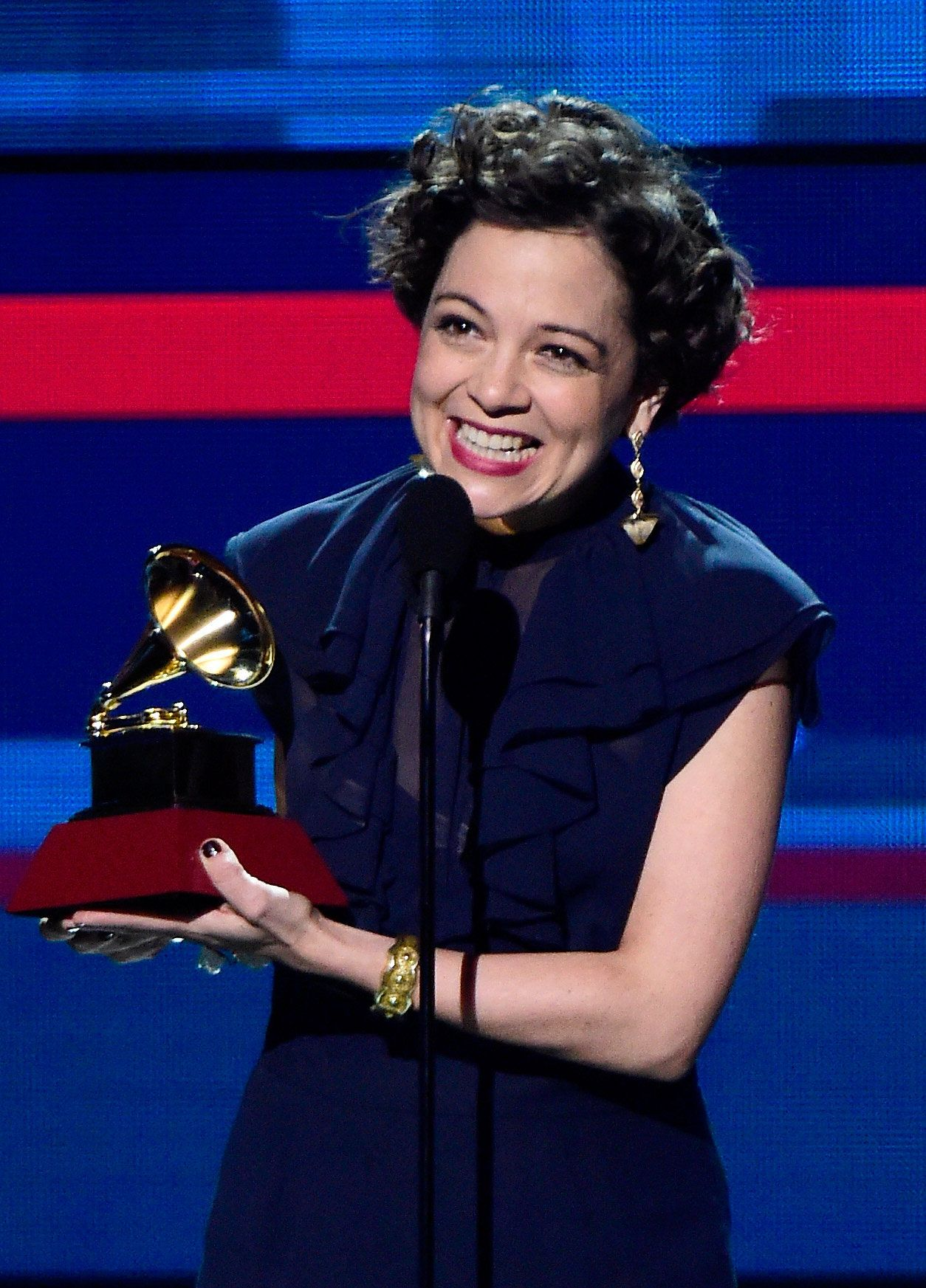 LAS VEGAS, NV - NOVEMBER 19:  Recording artist Natalia Lafourcade accepts the Record of the Year award for 'Hasta la Raiz' onstage during the 16th Latin GRAMMY Awards at the MGM Grand Garden Arena on November 19, 2015 in Las Vegas, Nevada.  (Photo by Frazer Harrison/Getty Images for LARAS)