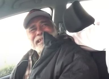 Homeless Vet Breaks Down In Tears After Stranger Buys Him Meal