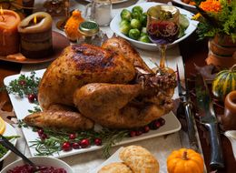5 Things You Should Never Bring To The Thanksgiving Table