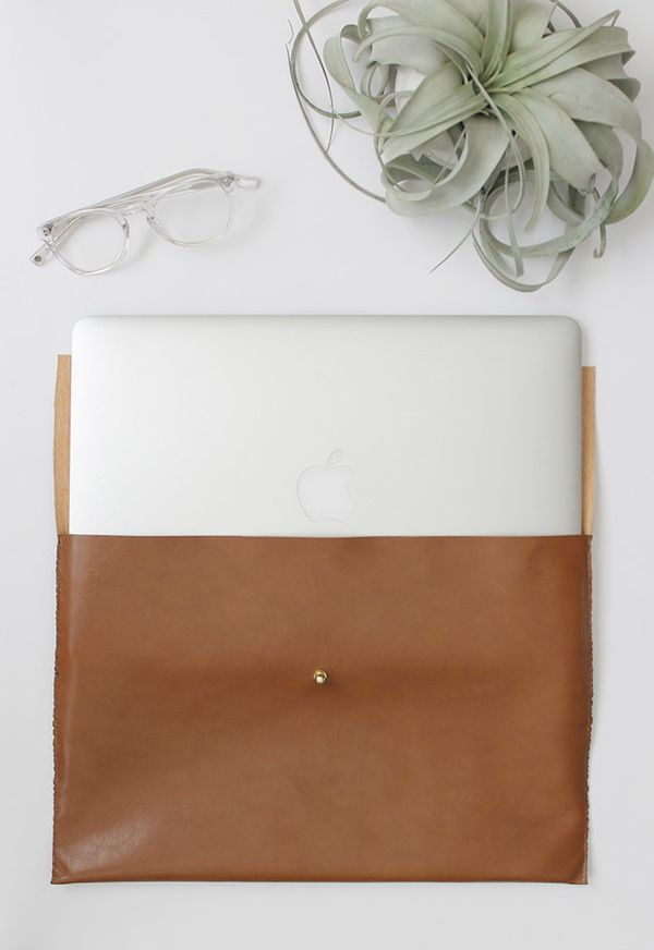 """Stylish tech accessoriesmake great gifts. DIY this leathercase by <a href=""""http://www.almostmakesperfect.com/2015"""