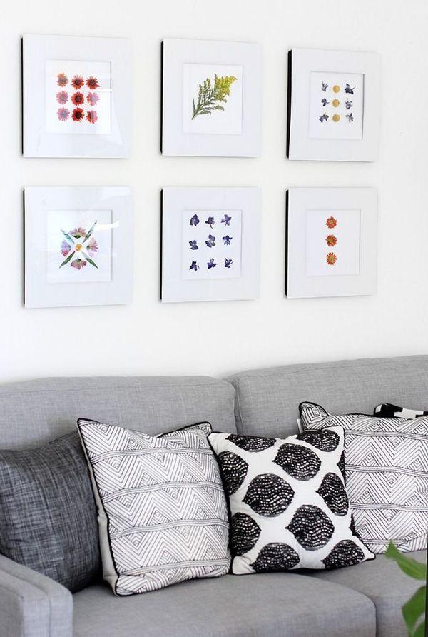 "This wall art projectby <a href=""http://ispydiy.com/my-diy-quick-dried-flower-art/"" target=""_blank"">I Spy DIY</a> makes"