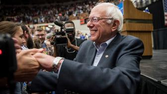 U.S. Senator Bernie Sanders, an Independent from Vermont and 2016 U.S presidential candidate, speaks during a campaign rally in Madison, Wisconsin, U.S., on Wednesday, July 1, 2015. Sanders said he had attracted 200,000 donors as of mid-June and his campaign had raised $8.3 million online through June 17, according to FEC filings by ActBlue, the fundraising platform that he and some other left-leaning candidates and causes use. Photographer: Christopher Dilts/ Bloomberg