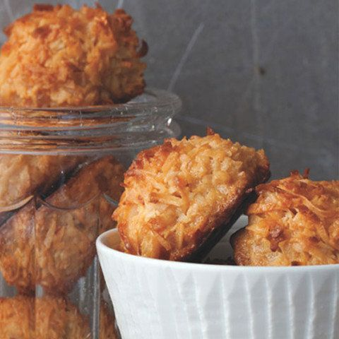Coconut macaroons are often the default dessert for those avoiding flour; they simply consist of condensed milk, shredded coc