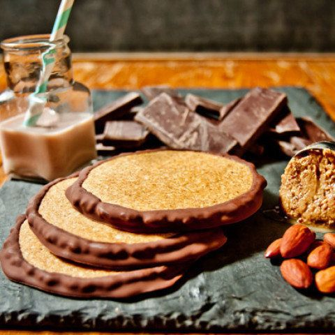 """These rustic cookies from <a href=""""http://puresweets.com/"""" target=""""blank"""">Pure Sweets</a>, an organic, gluten-free, vegan, ko"""