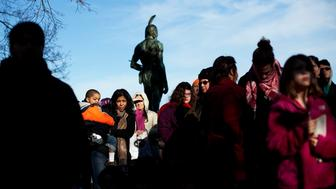 PLYMOUTH - NOVEMBER 24: A crowd of people listen to the speakers for the National Day of Mourning.  Occupy Boston members may or may not be in this photo.  Members of Occupy Boston travel down to the National Day of Mourning in Plymouth, Mass. on Thursday, Nov. 24, 2011. (Photo by Yoon S. Byun/The Boston Globe via Getty Images)