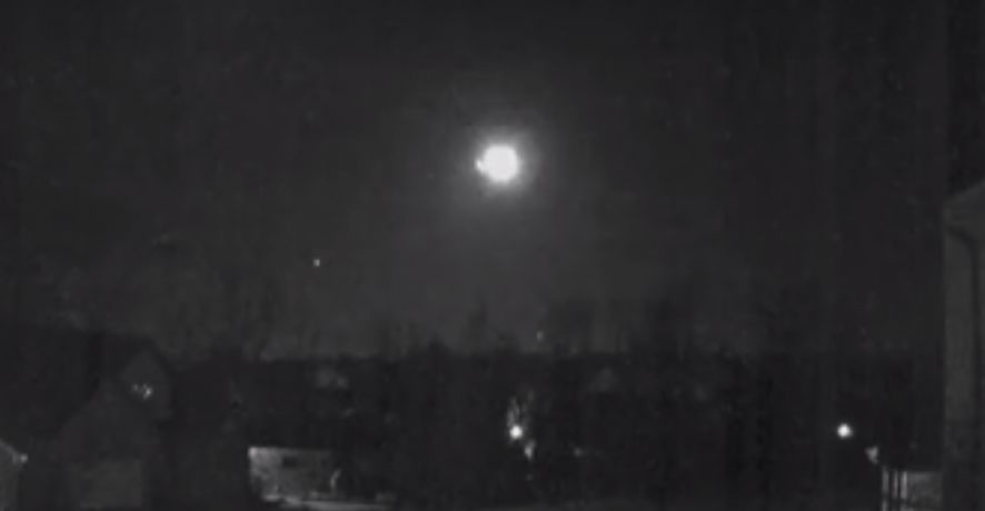 Steve Hart captured the fireball meteor on his security camera
