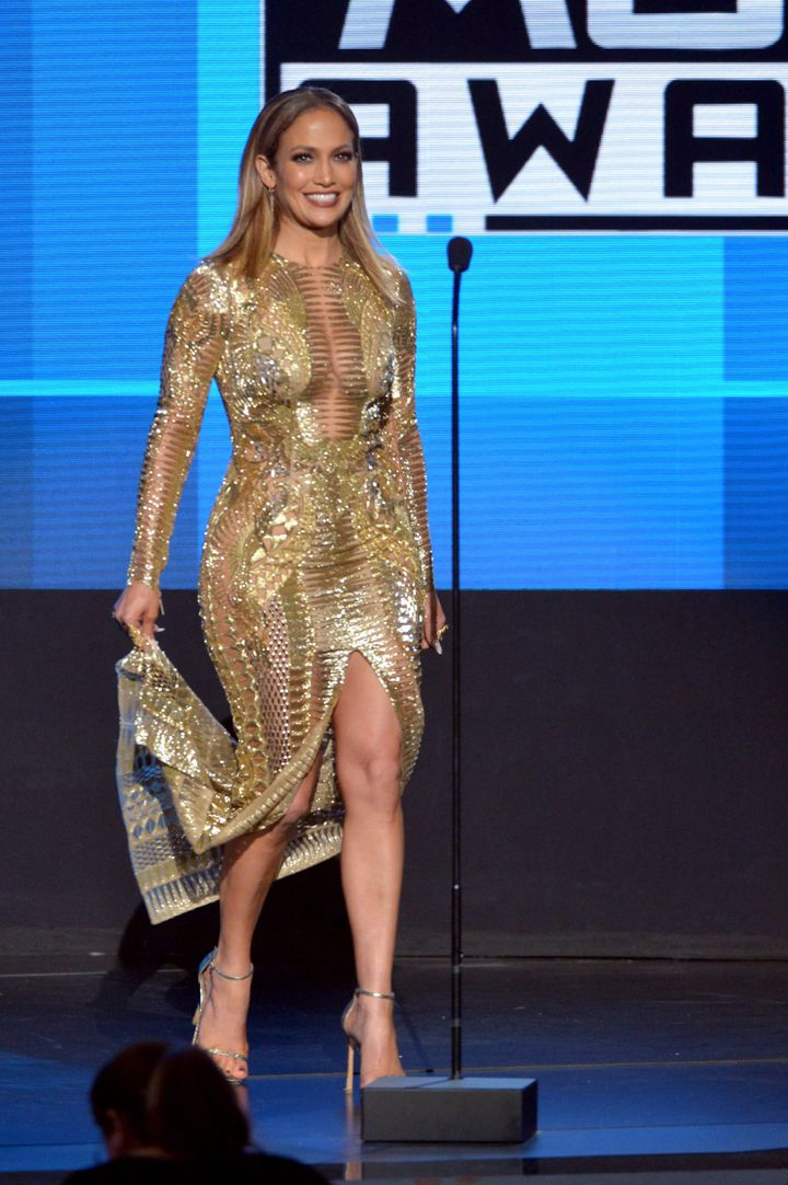 Jennifer Lopez Wears 10 Outfits at the 2015 American Music