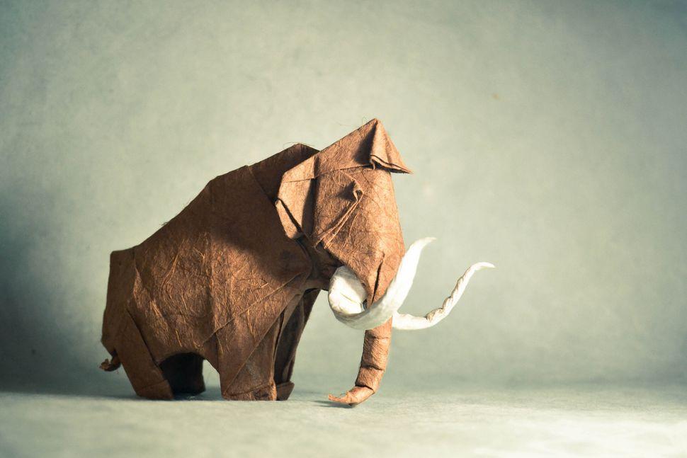 Origami Mammoth, design by Artur Biernacki