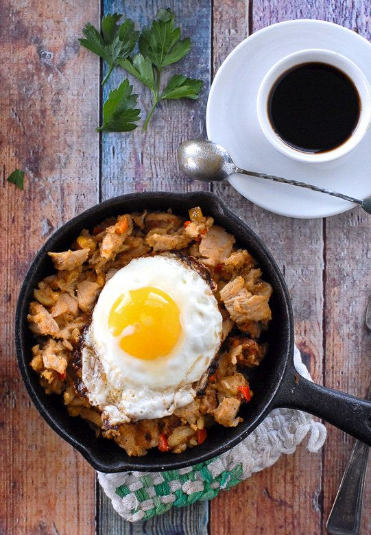 "<strong>Get the <a href=""http://boulderlocavore.com/turkey-holiday-hash-the-perfect-holiday-leftovers-recipe/"">Turkey Holiday"