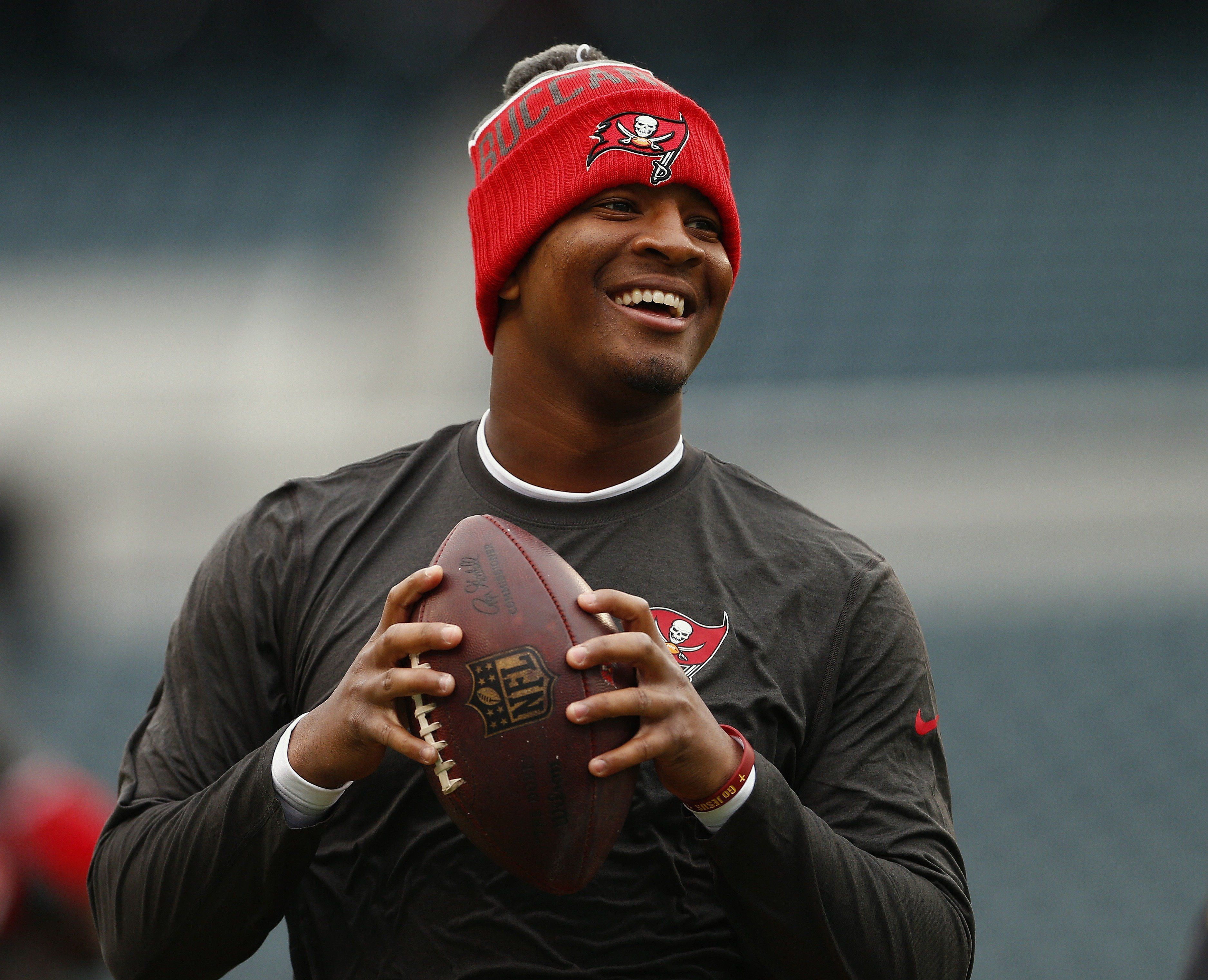 PHILADELPHIA, PA - NOVEMBER 22: Quarterback Jameis Winston #3 of the Tampa Bay Buccaneers warms up before a game against the Philadelphia Eagles at Lincoln Financial Field on November 22, 2015 in Philadelphia, Pennsylvania. (Photo by Rich Schultz /Getty Images)