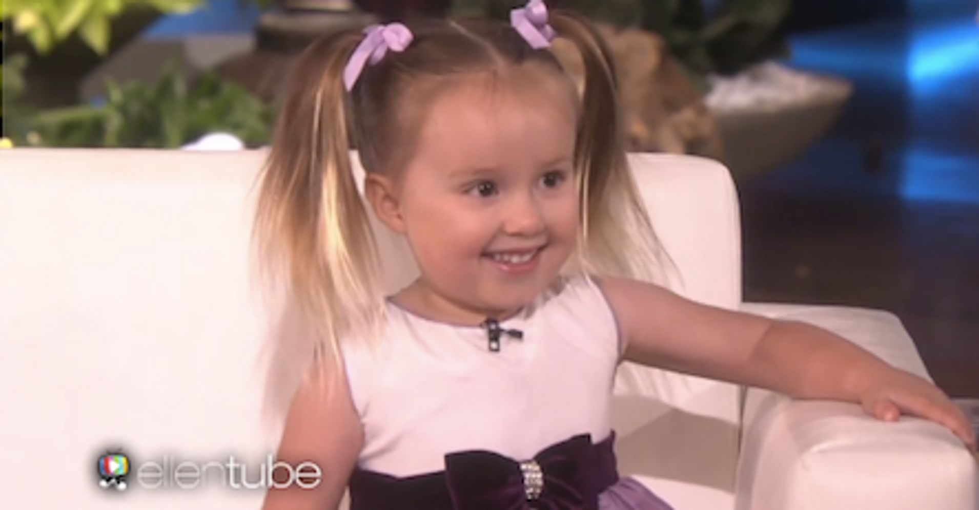 Watch a tiny brainiac nail a periodic table quiz on ellen huffpost urtaz Image collections