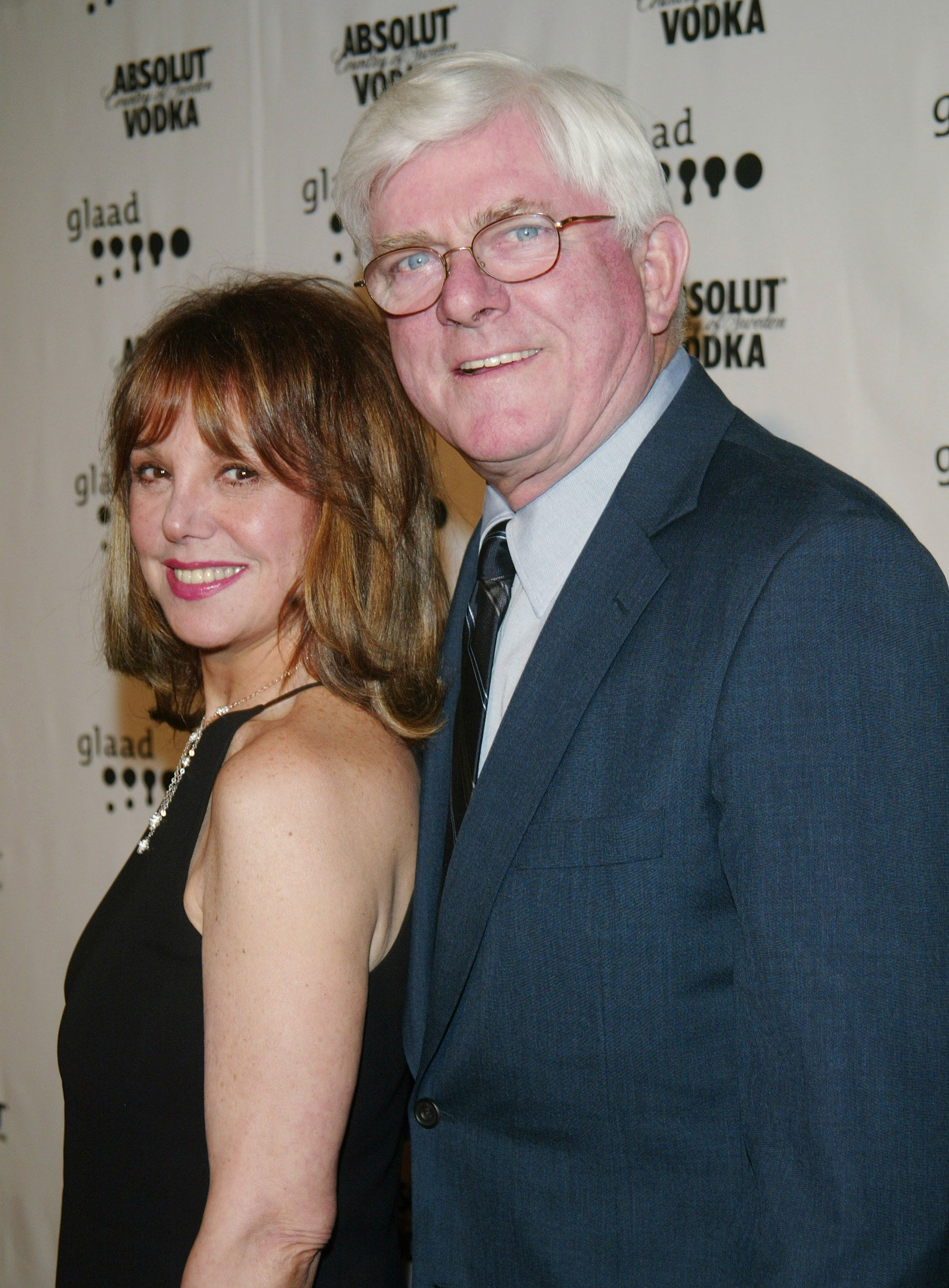 NEW YORK - APRIL 7:  (U.S. TABS AND HOLLYWOOD REPORTER OUT) Actress Marlo Thomas (L) and her husband talk show host Phil Donahue arrive at the 14th Annual GLAAD Media Awards at the Marriott Marquis April 7, 2003 in New York City.  (Photo by Evan Agostini/Getty Images)