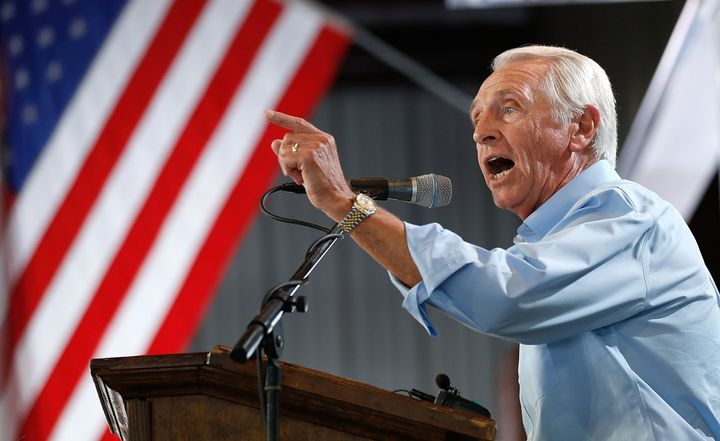 Kentucky Gov. Steve Beshear (D) signed an executive order on Nov. 24 that would automatically restore voting rights to a