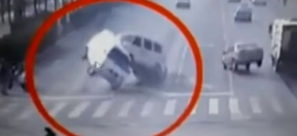 Bizarre 'Levitating Cars' Accident Mystery Solved