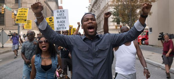 First Of The Cops Charged In Death Of Freddie Gray Goes On Trial