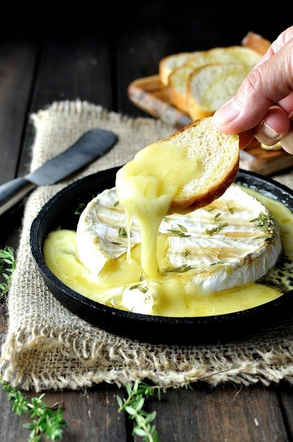 """<strong>Get the <a href=""""http://www.recipetineats.com/baked-brie-with-maple-syrup-thyme/"""" target=""""_blank"""">Baked Brie With Map"""