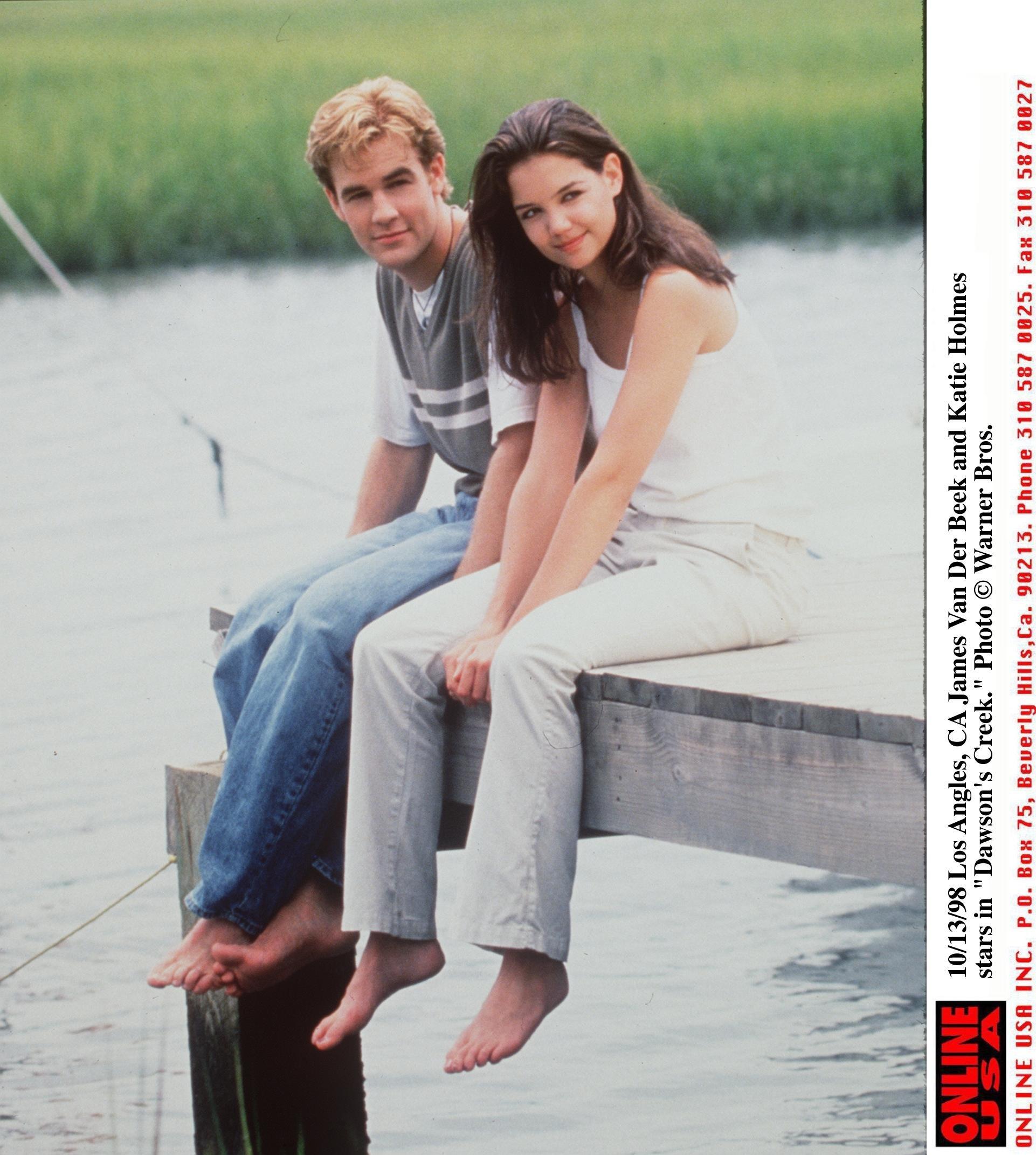 1998 James Van Der Beek and Katie Holmes star in 'Dawson's Creek..'