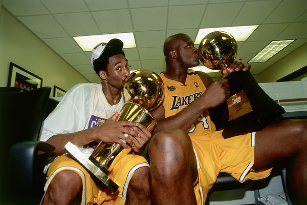 "<a href=""http://bleacherreport.com/articles/2468658-an-oral-history-of-the-2003-2004-los-angeles-lakers-the-first-super-team"""