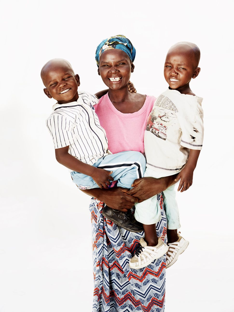 "As an HIV-€""positive mother of 9, Dailesi's life is anything but easy. Thankfully though, with free access to ARVs, Dailesi i"