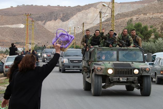 Al Qaeda's Syrian wing freed 16 Lebanese soldiers and policemen on Tuesday in exchange for the release...