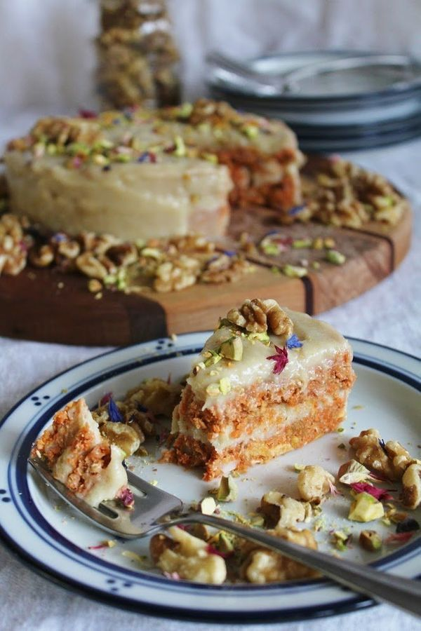 """<strong>Get the <a href=""""http://www.thisrawsomeveganlife.com/2013/03/raw-carrot-cake-with-cashew-cream.html#.VlyCDd-rRE5"""" tar"""