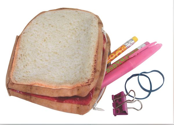 "Purses and peanut butter and jelly sandwiches have little in common other than being nouns that begin with the letter ""P."" Th"