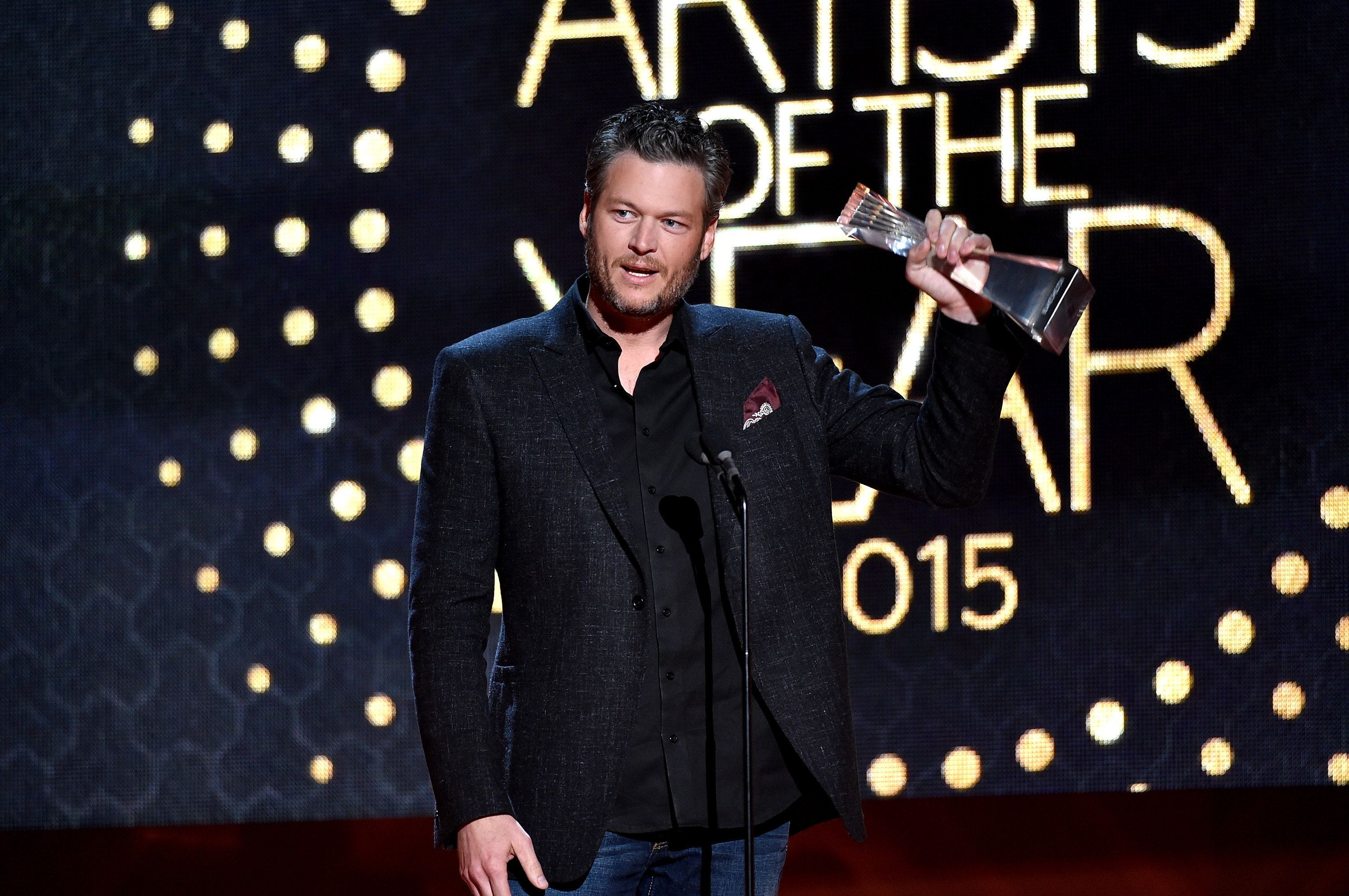 NASHVILLE, TN - DECEMBER 02:  Honoree Blake Shelton accepts an award onstage during the 2015 'CMT Artists of the Year' at Schermerhorn Symphony Center on December 2, 2015 in Nashville, Tennessee.  (Photo by John Shearer/Getty Images for CMT)