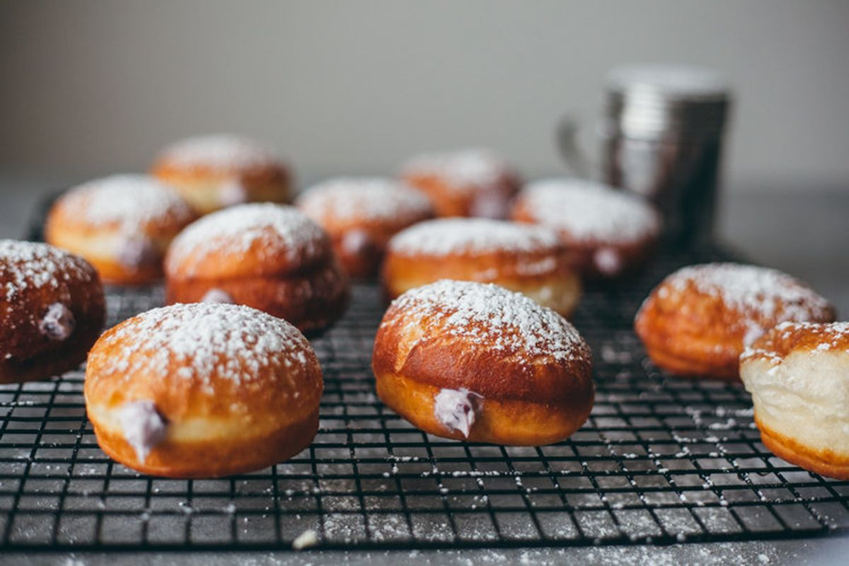 These Sufganiyot Recipes Are Hanukkah's Best Jelly Donuts