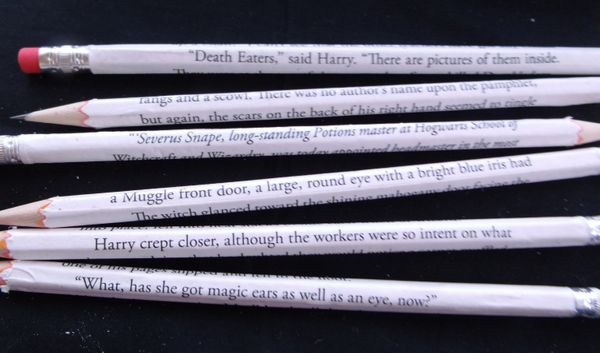 "Get the <a href=""https://www.etsy.com/listing/213487616/made-to-order-book-page-wrapped-pencils"">book page-wrapped pencils</a"