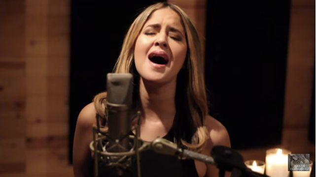 """The Spanglish Version Of Adele's 'Hello' You Didn't Know You Needed. """""""