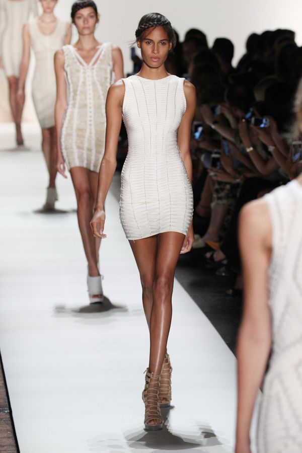 "Who can wear Herve Leger's bandage dresses? Neither curvy women, nor lesbians (?!) according to the designer. ""Voluptuous&rdq"