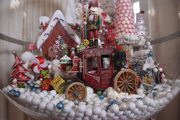 A gum ball machine in the State Dining Room at the White House on Dec. 2, 2015.