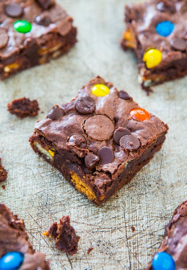 "<strong>Get the <a href=""http://www.averiecooks.com/2013/09/loaded-fudgy-candy-bar-brownies.html"" target=""_blank"">Loaded Fudg"