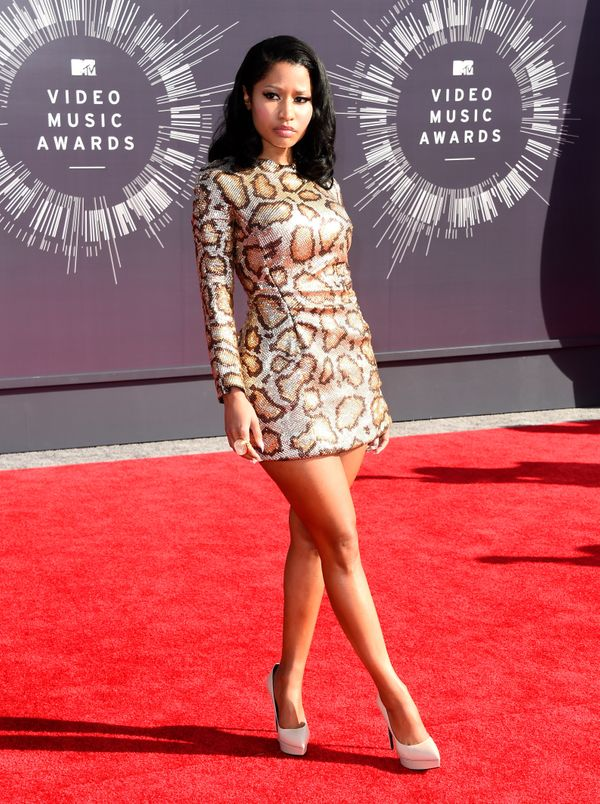 50 Of The Craziest Outfits Nicki Minaj Bravely Wore In Public ...
